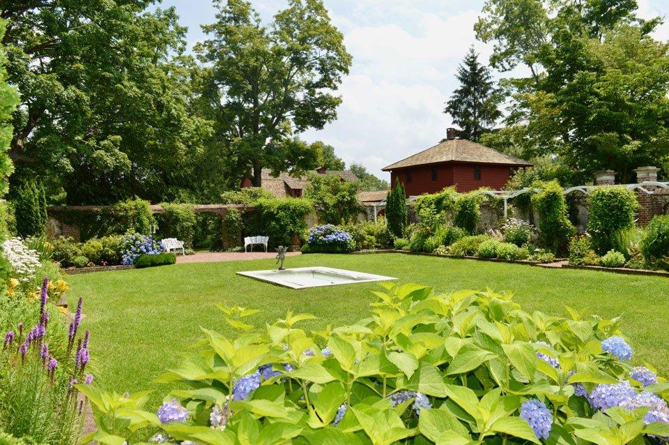 The Suburbs: Keeler Tavern Museum Garden