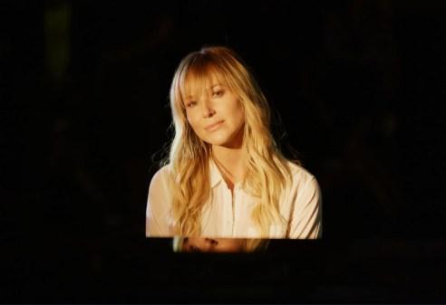 Singer-songwriter Jewel