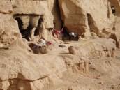 Einige der ehemaligen Wohnhöhlen der Mönche waren wieder – und sind immer noch – bewohnt