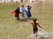 Badevergnügen am oberen Helmand, Jaghori.