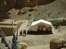 Immer noch: Zeltschule in einem Vorort von Bamian.