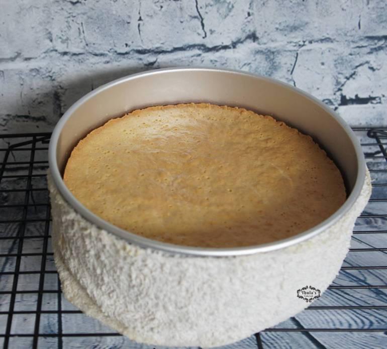 vanilla cake cooling grid