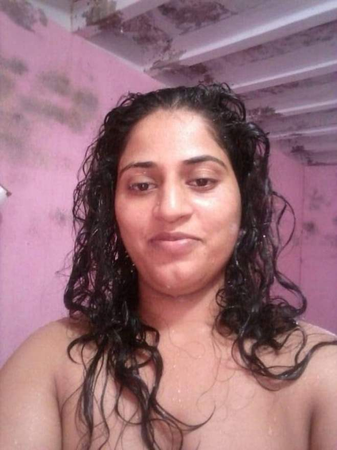 Mahie Gill naked Punjabi film full nude photos