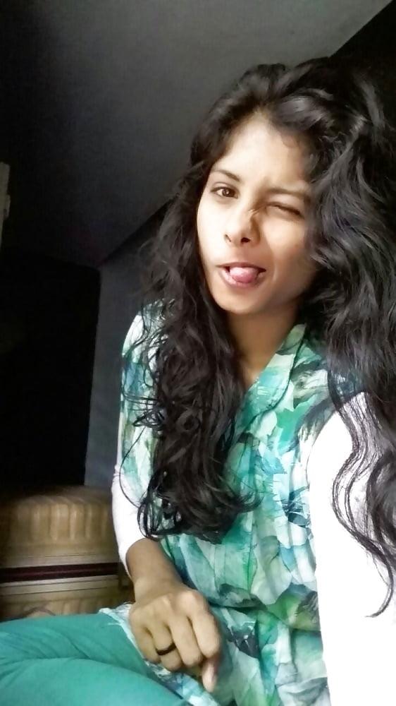 Rashi Khanna xxx nude fucked photos