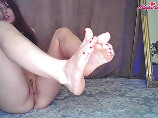 In need of sex Brunette Play Slit – Foot Fetish Closeup