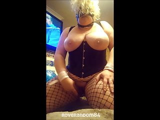 Sub BBW Allowed to Squirt
