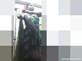 Desi Piping hot Tamil Aunty Eradicating Costume
