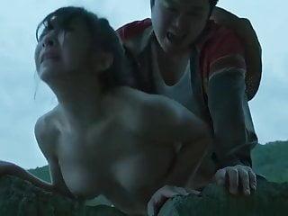 Rough sex at the Thai beach