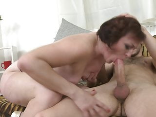 Amateur slut moms suck and fuck big cocks