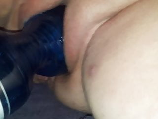 fucking my whore with 1,5 ltr waterbottle