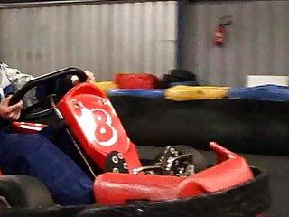 Lola fait du Karting