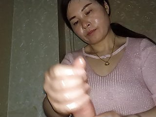 Asian Pleased ending therapeutic massage. Handjob knowledgeable 7