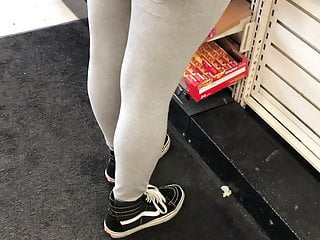 Latina in grey leggings