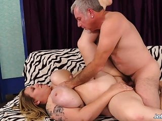 Jeffs Fashions – BBW Winter Wolf Enjoying Dick Compilation 2