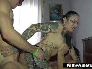 DP and cumshot for the yoga trainer in beginner sextape
