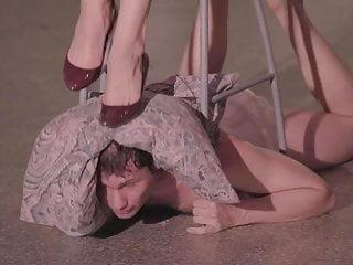 Sania Strimpakou likes to view her little titty areolas
