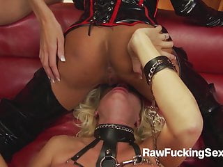 Uncooked Fucking Intercourse – Michelle Thorne In Latex Swimsuit Loves Pound