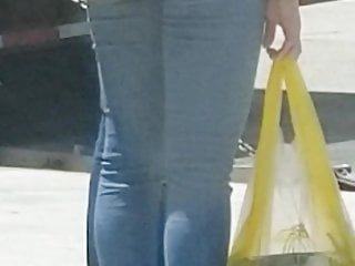 Latina Milf In Solid Denims and Sandal