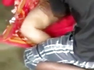 Desi aunty craves to bang on ground