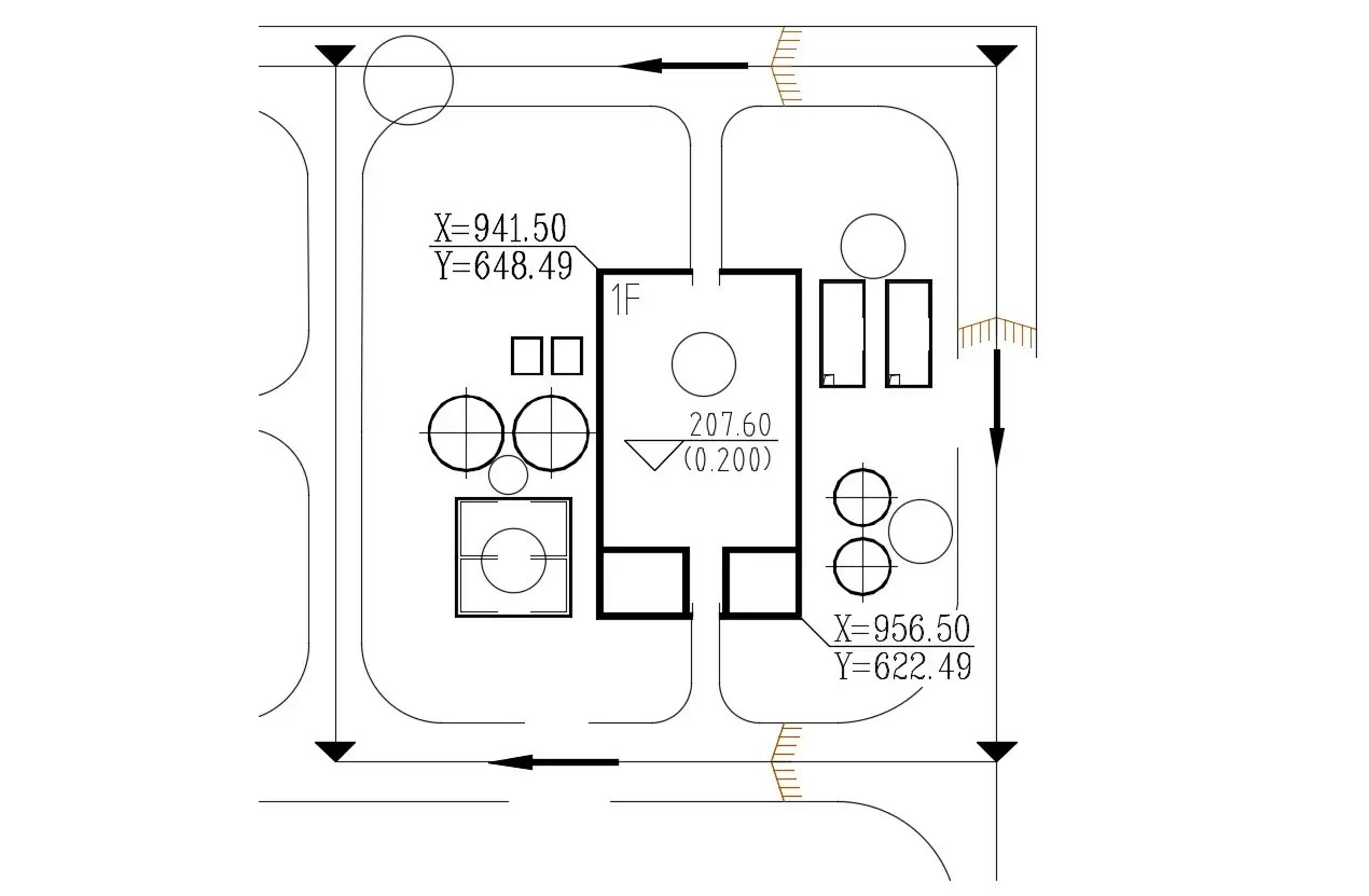 2D CAD Drawing Simple Floor Plan With Texting AutoCAD File