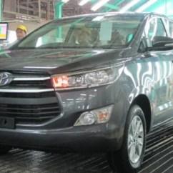 Diskon All New Kijang Innova Grand Veloz 1.5 Bekas Besar Besaran Akhir Tahun Dan Panther Viva Perakitan Di Pabrik Toyota Karawang 1