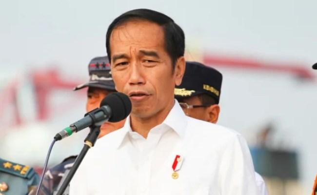 Jokowi Marah Empat Tahun Diterpa Isu Tenaga Kerja China