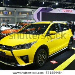Toyota Yaris Trd Sportivo 2017 Jual Grand New Veloz 2016 Stock Images, Royalty-free Images & Vectors | Shutterstock