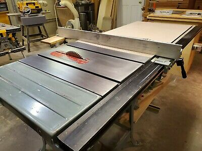 Delta 10 Contractor Table Saw With Unifence