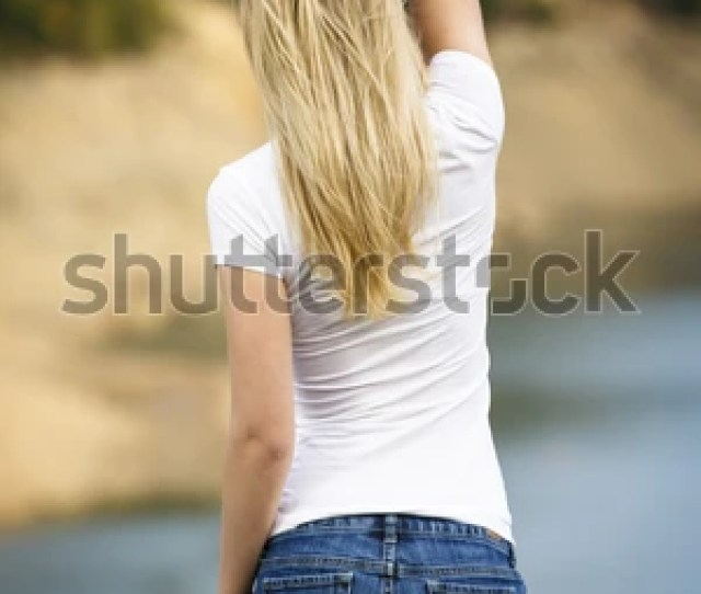 Girls In Tight Jean Shorts