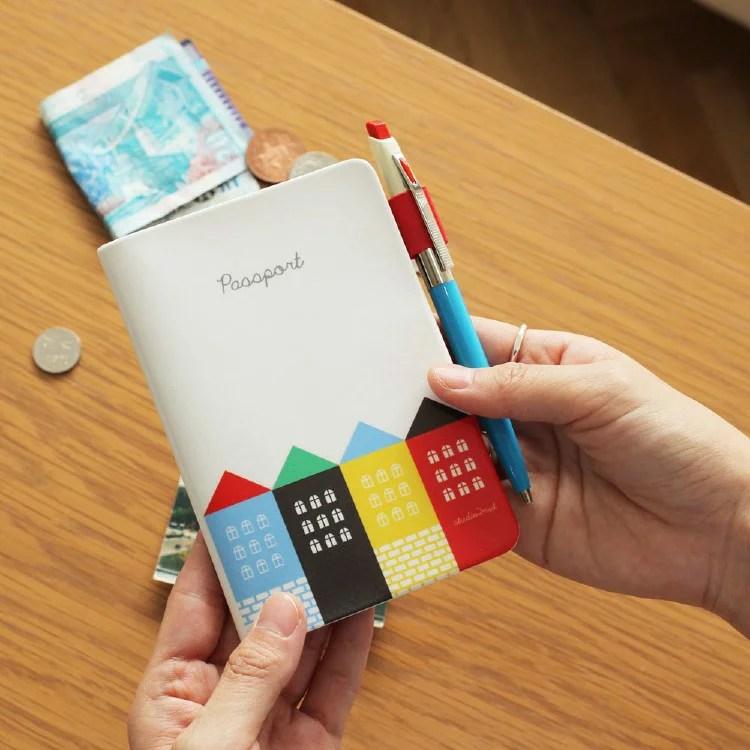2nul City Passport Cover パスポートケース パスポート 旅行用品 トラベル用品 旅券 かわいい シンプル 面白い ...