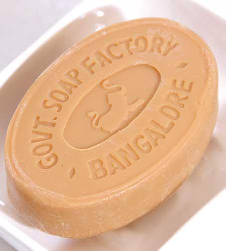 【送料無料3個パック】サンダルウッドソープ 天然白檀オイル 石鹸 マイソール【3個セット】石けん