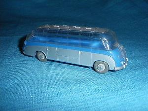 【送料無料】模型車 モデルカー スポーツカー バスセトラホ698a wiking 7306 bus setra s6 1956 ho 187 plastique