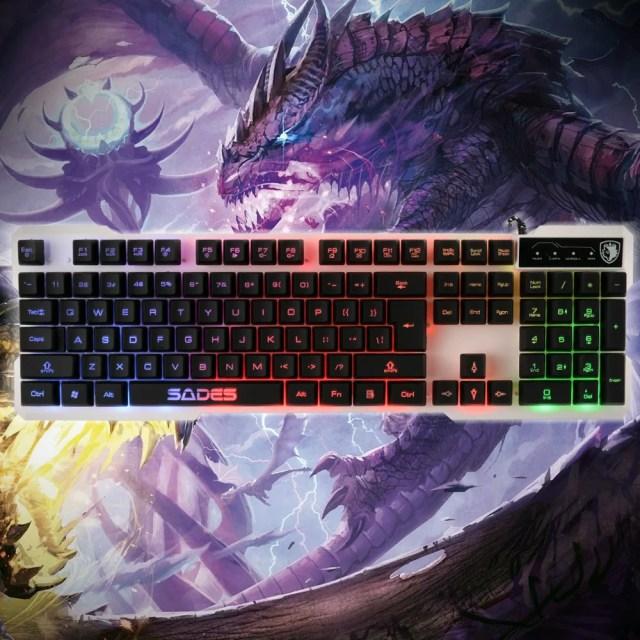 AGPtek USB有線ゲームキーボード 13Fn複合キー+標準英語配列104キー+19非競合キー搭載