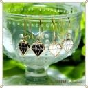 ピアス カットダイヤのデザイン 上品な カットダイヤ デザイン ピアス ブラック