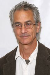 profile image of David Strathairn