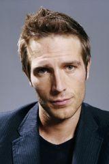 profile image of Michael Vartan