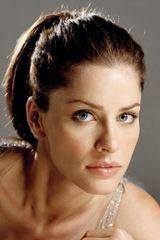profile image of Amanda Peet
