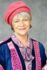 profile image of Estelle Parsons