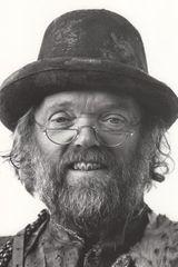 profile image of Malcolm Dixon