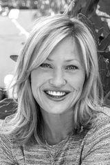 profile image of Joey Lauren Adams
