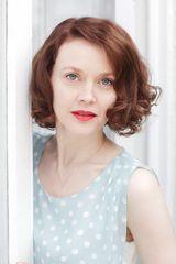 profile image of Simone Kirby