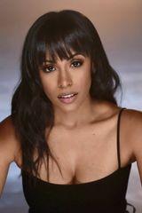 profile image of Nicolette Robinson