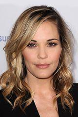 profile image of Leslie Bibb