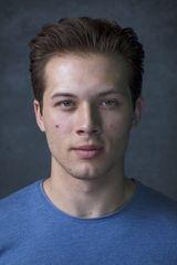 profile image of Leo Howard