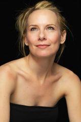profile image of Amy Ryan
