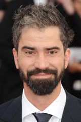 profile image of Hamish Linklater