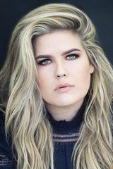 profile image of Erica Lindbeck