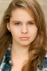 profile image of Chloe Roe