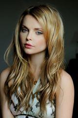 profile image of Izabella Miko