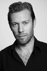 profile image of Jakob Cedergren